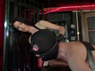 Anus – Kinky Mistresses – The British Strap-on Gentleman – Mistress Susi