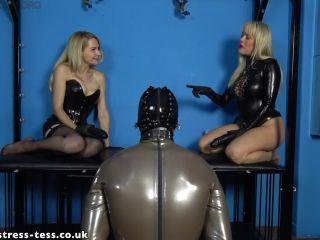 Strap-on – Mistress Tess UK Clip Store – Latex Gimp Spitroast with Mistress Eleise – Mistress Tess and Mistress Eleise