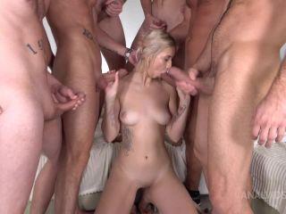 First Gang Iris Kiss Kiss – 6on1 – DPP – Hard Anal Fuck – ATM – Cum in Mouth VK106