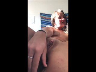 Horny amateur girl brushing ass and rubbing clit on cam