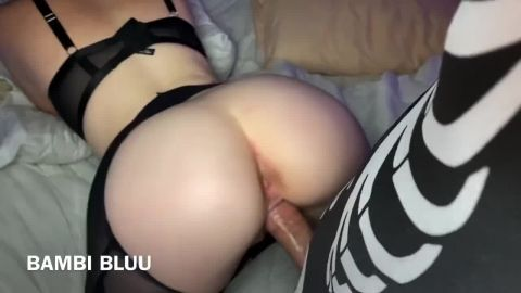 Bambi Bluu - Hot College Girl in Ripped Pantyhose Rough Fucks a Skeleton at Halloween Party [HD 720P]