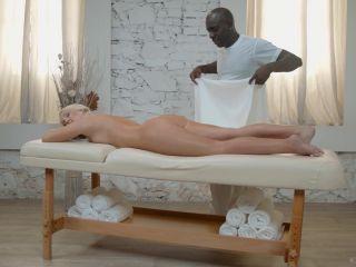 Metartvip_com - The Ultimate Massage Episode 4 - My First Massage