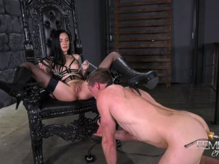 Facesitting – VICIOUS FEMDOM EMPIRE – Pussy Boy – Mistress Marley Brinx