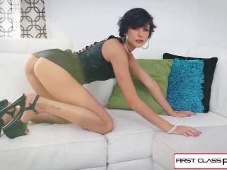 Milla Jovovich Solo Tease Porn DeepFake