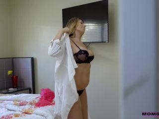 Online porn - MomsTeachSex presents Hannah Hays, Makayla Cox in Love Potion – 20.06.2018 milf