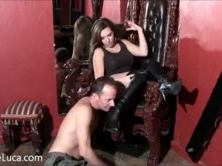 Slave – Elena De Luca Fetish and POV – Worshipping My Leather Boots