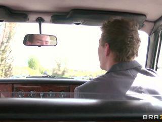 Donna Bell (Full HD)