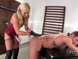 Blondes Do It Better – Femdom Empire