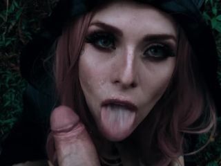 Wood witch blowjob for halloween