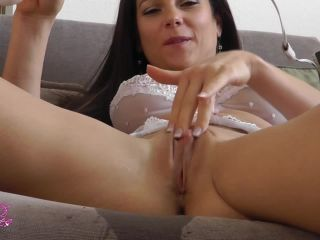mandy flores – wet stuffed panties for my servant