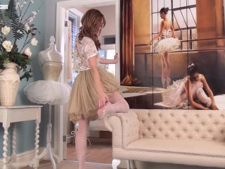 NHLPCentral presents Sophia Smith in Lust for lace!