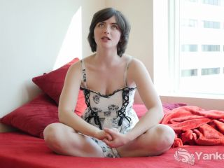 Yanks - Raven Snow's First Time On Film  07/21/2015