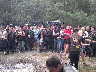 Bondagegirls - mud fight part 2