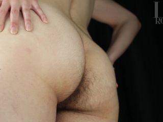 LivRoyale – Oiled, Unshaven Ass Grabbing