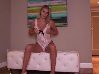 Goddess Lindsey in Long Legs Make Losers Weak