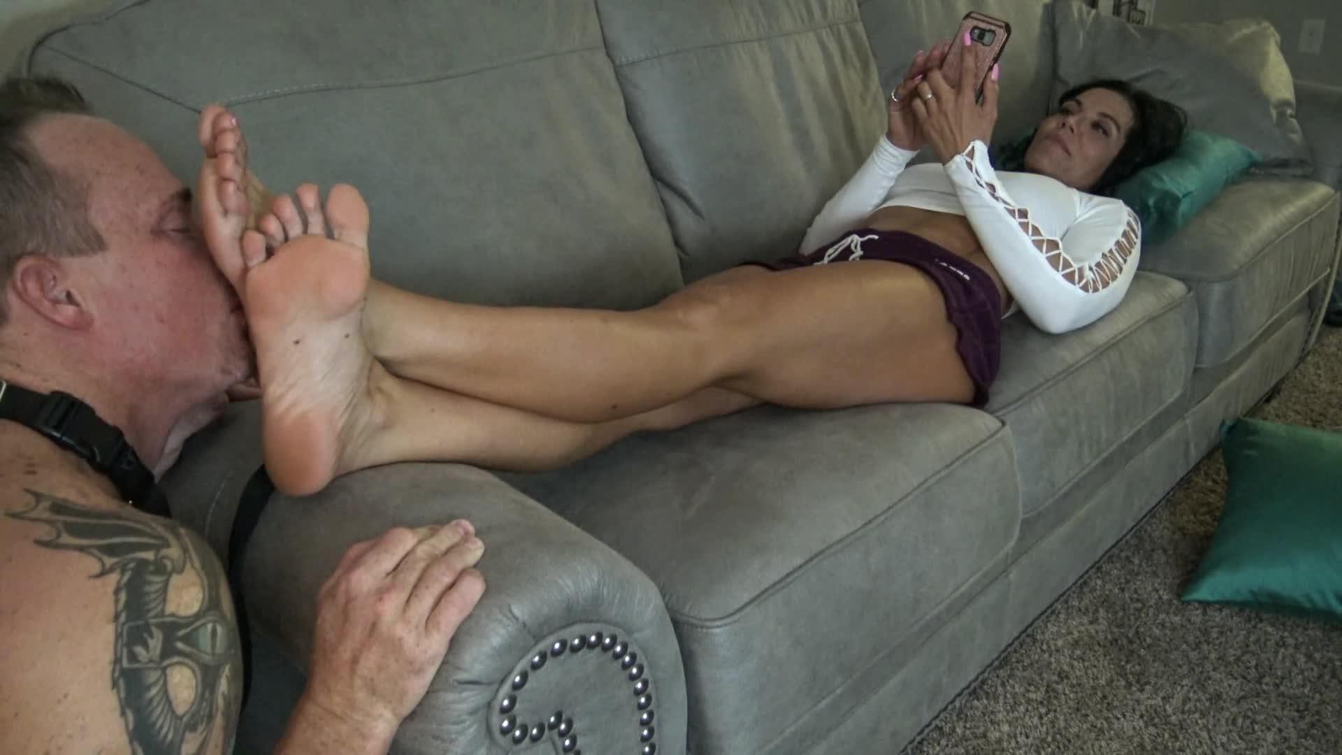 Ebony Goddess Foot Worship
