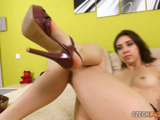 05/24/2015 Ester - Bare feet & Sniffing & Shoes & Nudity
