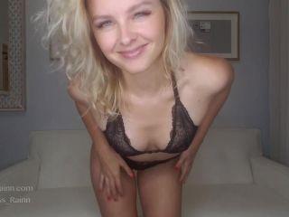 Porn online Goddess Rainn - Red Light Green Light JOI femdom