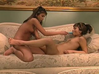 Toying And Tonguing Thai Lesbians In A High Class Hotel