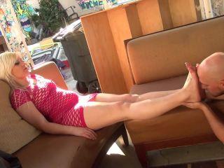 Title Feet Slave