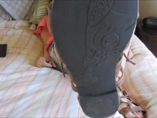MelanieSweets - Teasing you with my strappy sandals