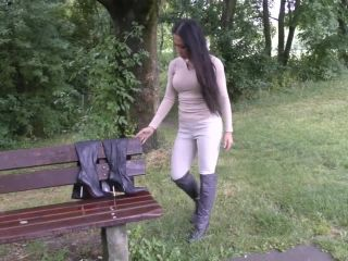 BootsShoesVideos002575