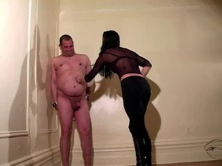 Ballbusting – Mistress Trish – Fast and Rough Beatdown