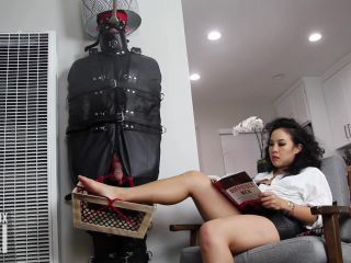 Video online An Li's Ass Emporium – Human Furniture for a Day on femdom porn fetish cams