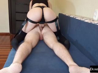 Fucked neighbor with a big strapon and gave cum in my pussy [FullHD 1080P] - Screenshot 6