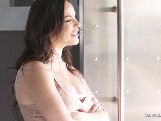 Dana DeArmond & Alina Lopez in The Boss's Wife