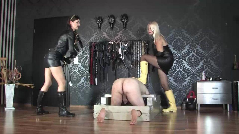 Lady Victoria Valente Fetish Liza Double Bootsfuck