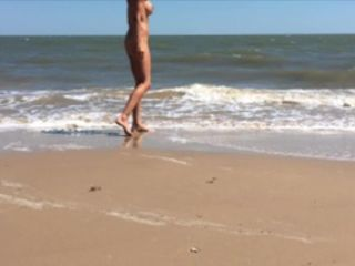 HOLLYHOTWIFE – Picking Up A Stranger On The Beach