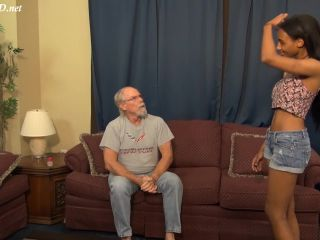 Politically Incorrect Donations – First Time Handjobs – Alexis Avery – HandJob