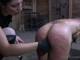 Tia Ling, Sister Dee – Turd Says Part Two