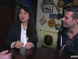 milf - Jacquieetmicheltv presents Mikiko a de gros besoins ! – 25.06.2019
