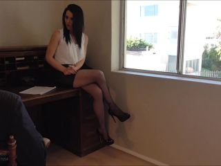Femdom – Young Goddess Kim – The Job Interview