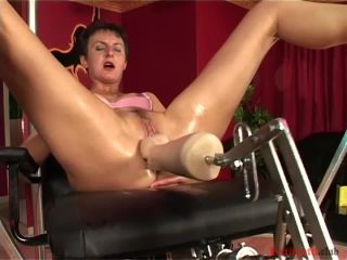 Ildiko hard anal fuck with a sexmachine