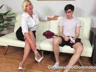 FOOT FETISH - 9184
