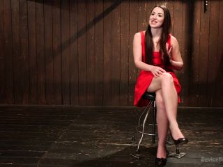 Shackled Submissive!!!
