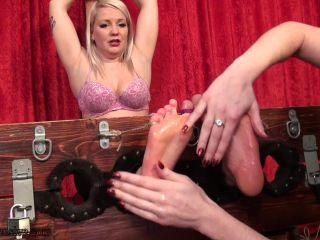 TickleIntensive - Finnish Feet!!!