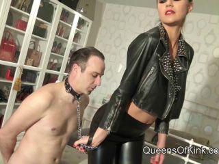 Queens Of Kink: Fetish Liza - Her Leather Leggings Slut | leather leggings | femdom porn gym femdom