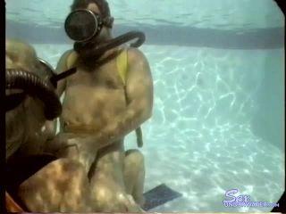Sexunderwater.com- The Webb_s - Behind-the-Scenes TwinHose Scuba Fuck 2