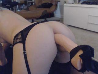 ManyVids presents Kitty Darlingg in Strykeranalcum on milf porn