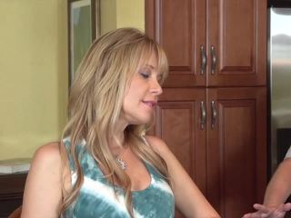 cumshot | Neighborhood Moms Down To Fuck | one-on-one, straight sex on milf porn, cunnilingus on big ass porn, gonzo on milf porn | gonzo | cumshot