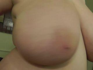 Porn online ManyVids presents Sarah Rae – Bad Boobies