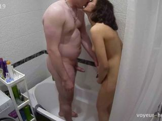 Voyeur-house.tv- Teya stan finish in the shower without curtain