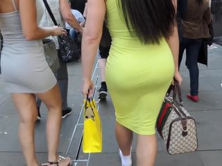 Best of both worlds when it comes to butt size