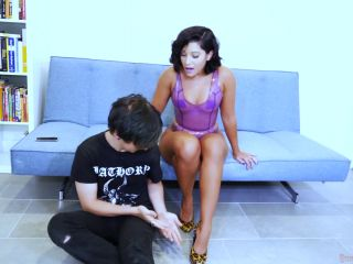 crying fetish ScissorVixens – 'FETISH BOT TO-69!' Full Video Download featuring Enchantress Sahrye  – Leg Scissors, Bodyscissors, neck scissors on muscle