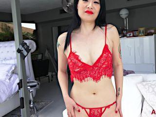 Zoe Lark - Interview 28.01.20 [1080p / Video] AllOver30 on masturbation