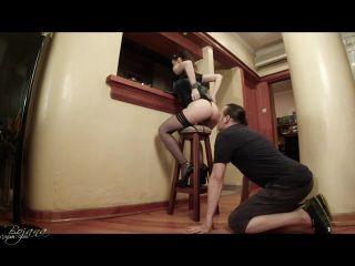 Porn online Goddess Bojana - Sipping coffee - Ass Worship